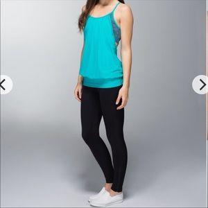 Lululemon blue no limits workout tank top size 4